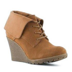 MIA CHAYSEE  TAN SUEDE WEDGE LACE UP BOOTIES 11